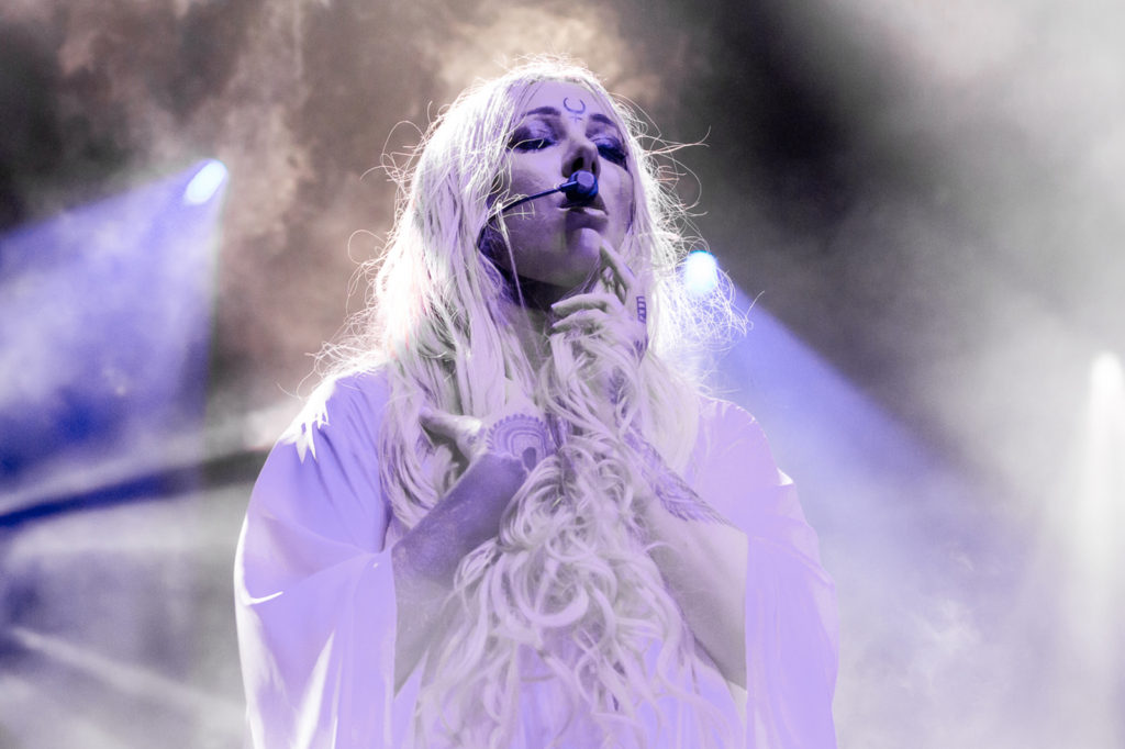 Maria Brink Net Worth, Family, Husband, Career, Pics and Wallpapers 7
