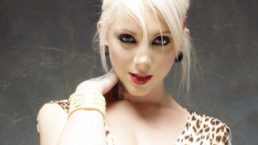 Maria Brink Net Worth, Family, Husband, Career, Pics and Wallpapers 1