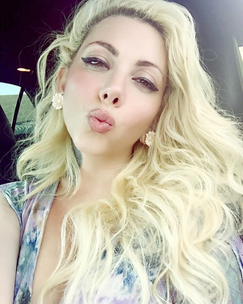 Maria Brink Net Worth, Family, Husband, Career, Pics and Wallpapers 5
