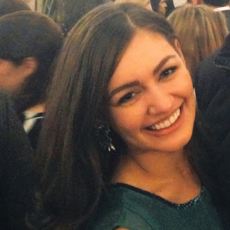 Rebecca Berg's Net Worth, Bio, Private Life and Career 12
