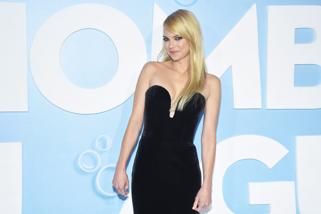 Anna Faris Pics, Net Worth, Career, TV Shows And Movies 16