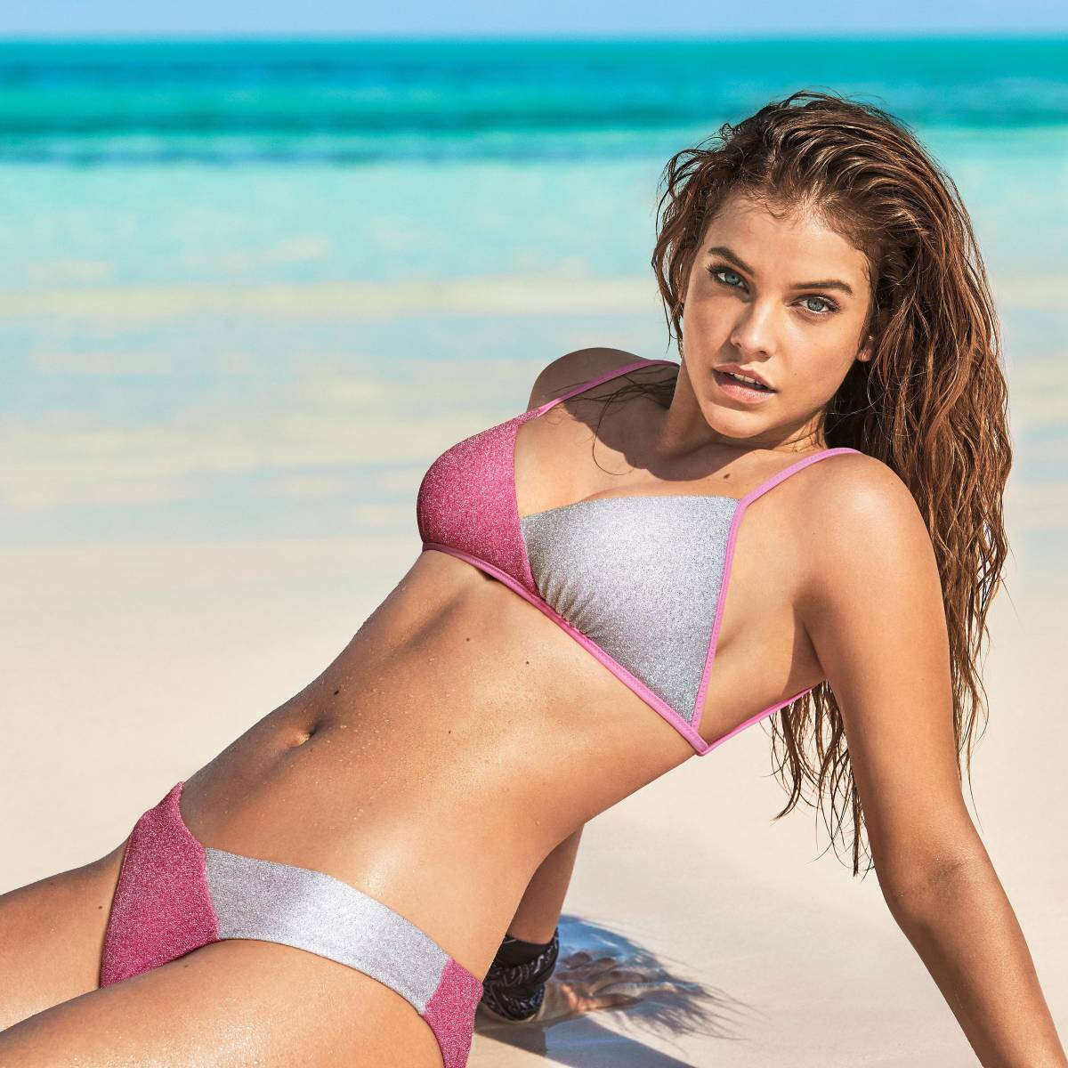 Barbara Palvin's Net Worth, Biography, Pics and Wallpapers 6
