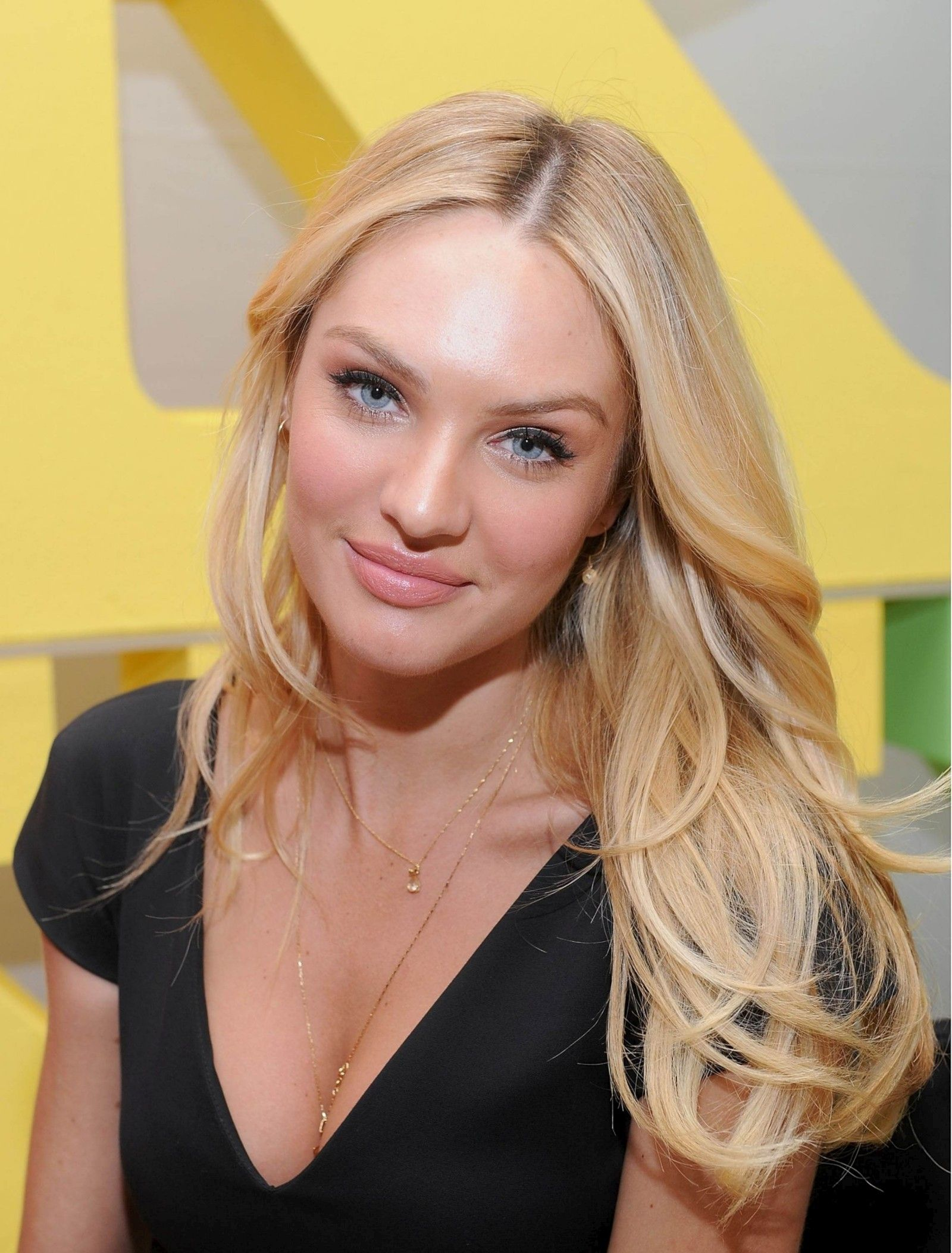 Candice Swanepoel Net Worth, Family, Husband And Biography 11