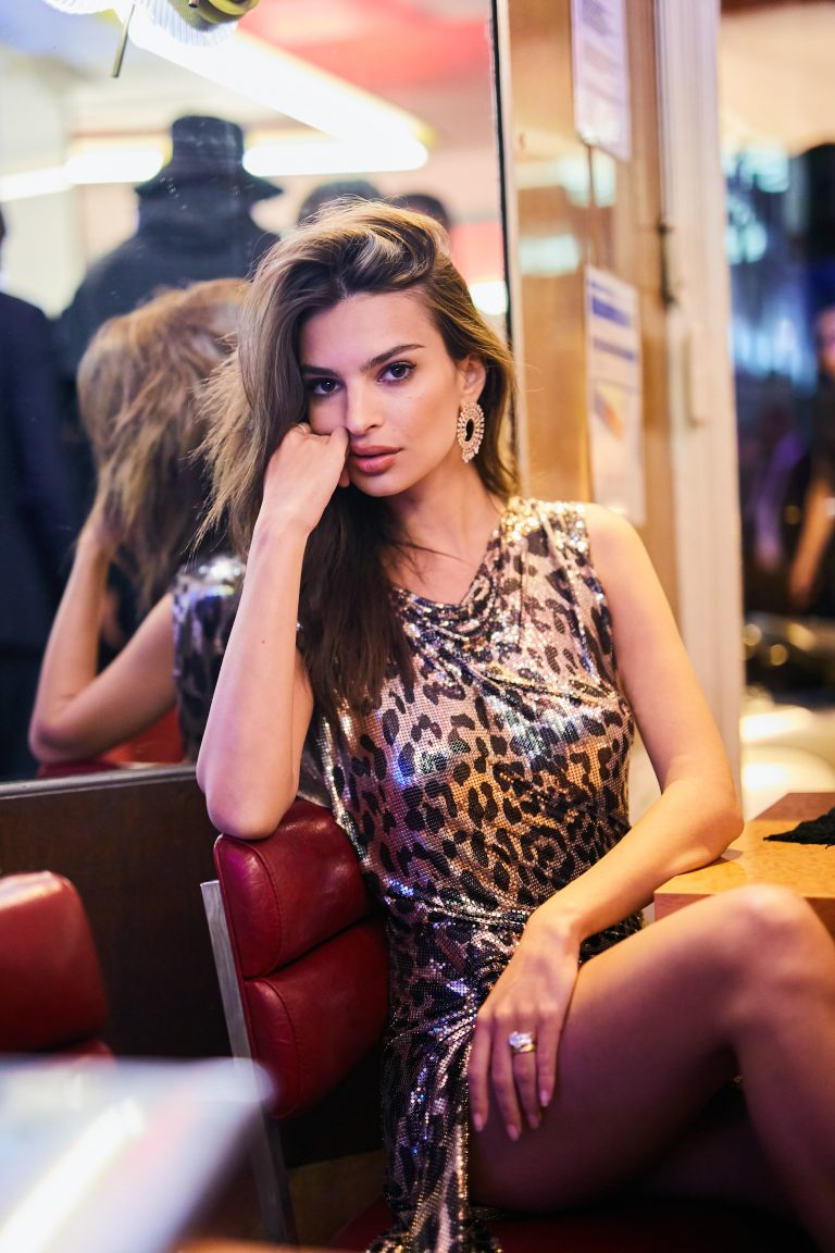 Emily Ratajkowski's Net Worth, Husband, TV Shows, Movies And Career 13