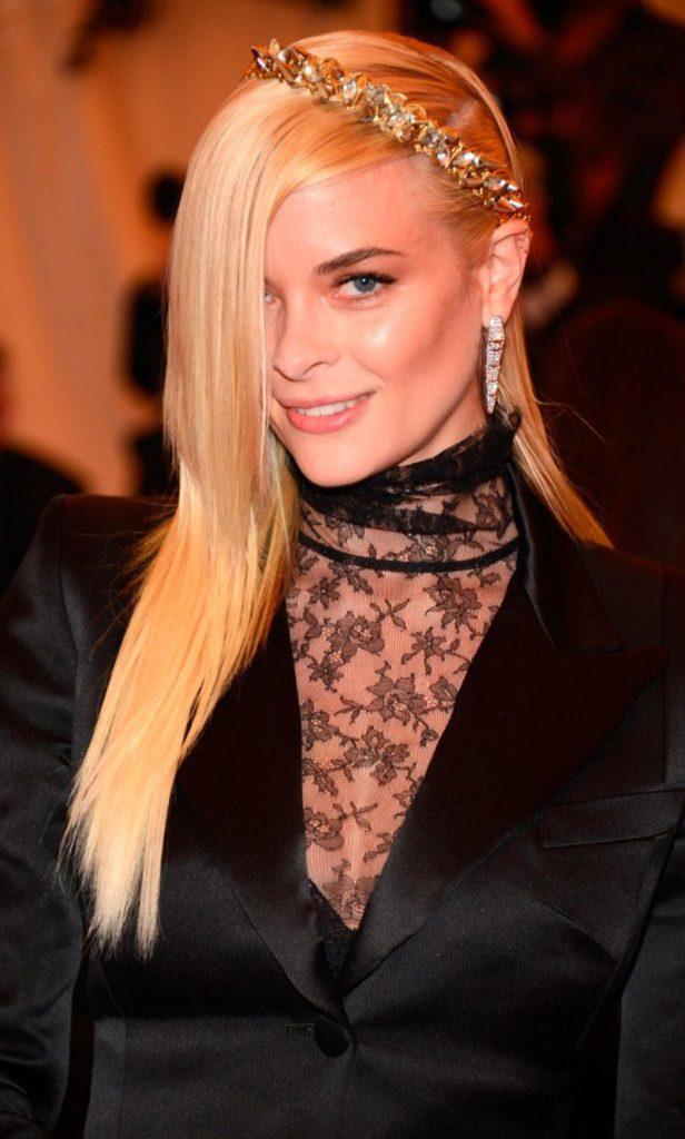 Jaime King Pics, Net Worth, Private Life, TV Series And Movies 3
