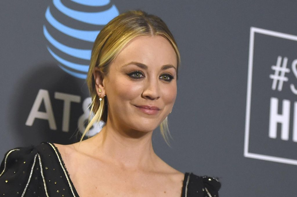 Kaley Cuoco Pics, Wallpapers, Net Worth, Family And Career 15