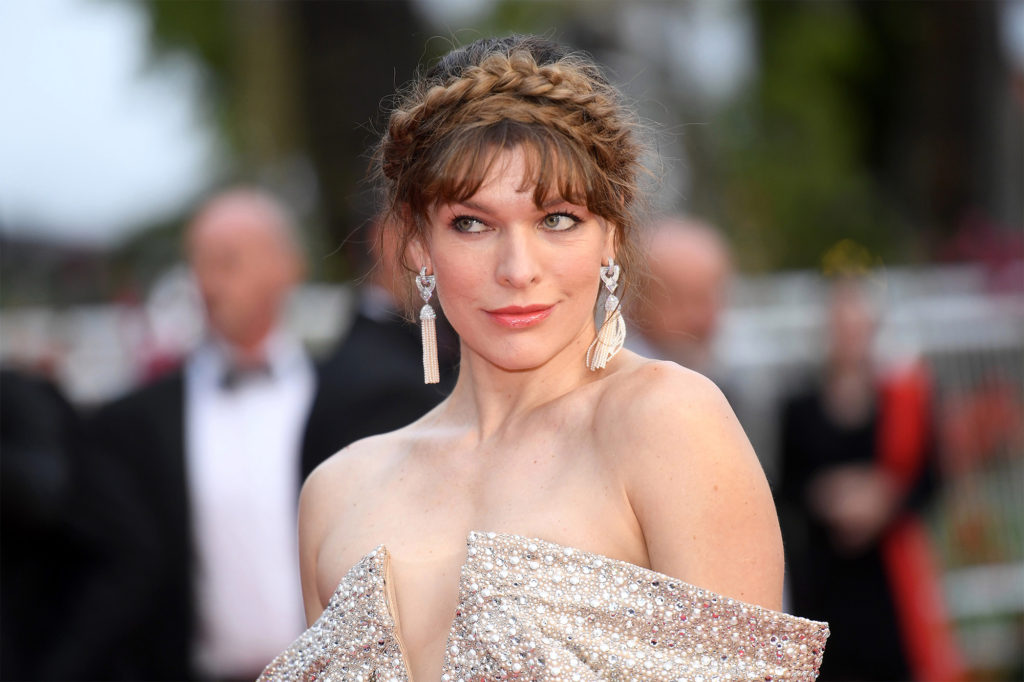 Milla Jovovich Net Worth, Movies, Career, Family Life And Biography 13