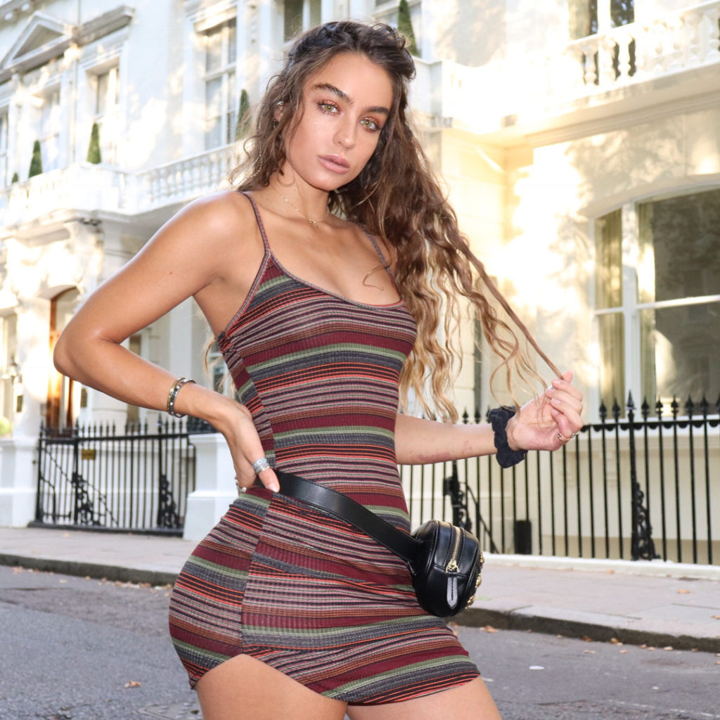 Sommer Ray Pics, Net Worth, Private Life And Career 2