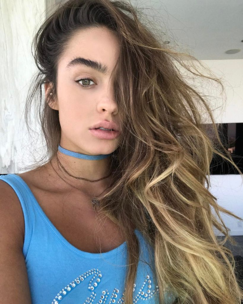 Sommer Ray Pics, Net Worth, Private Life And Career 12