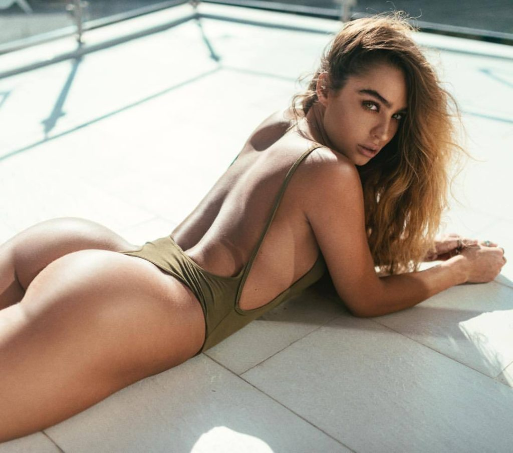 Sommer Ray Pics, Net Worth, Private Life And Career 7