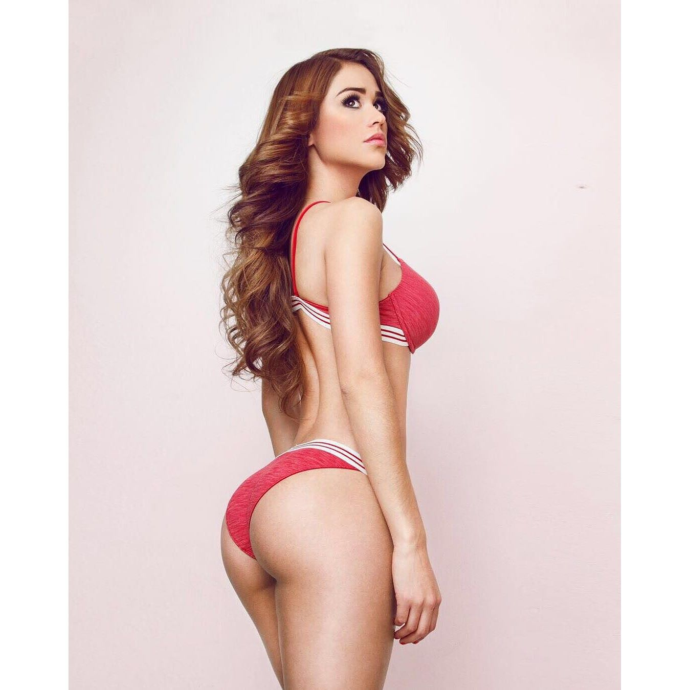 Yanet Garcia Pics Net Worth Career And Private Life Radvirals