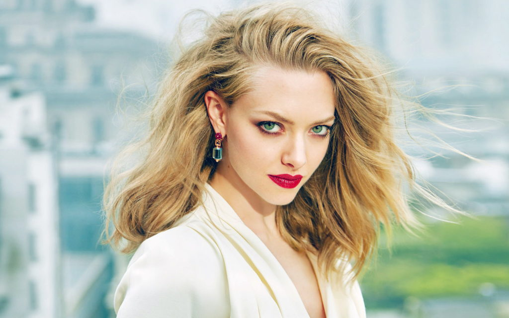 Amanda Seyfried Pics, Net Worth, Movies, TV Shows And Private Life 15