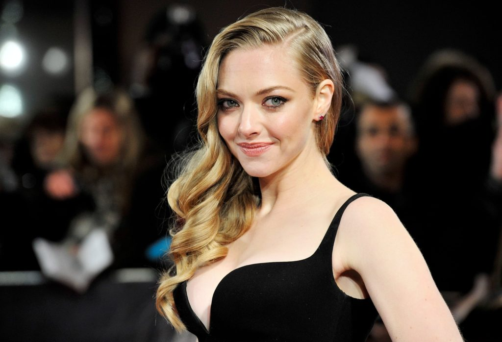 Amanda Seyfried Pics, Net Worth, Movies, TV Shows And Private Life 4