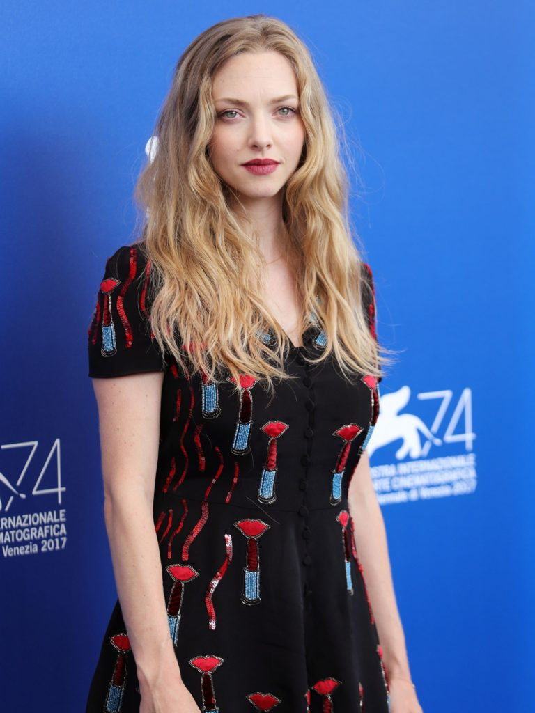 Amanda Seyfried Pics, Net Worth, Movies, TV Shows And Private Life 10