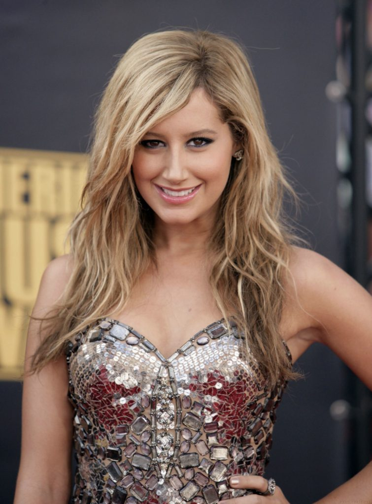 Ashley Tisdale Net Worth, Pics, Career, Family And Biography 2