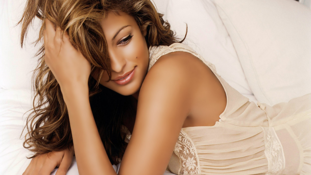Eva Mendes Pics, Net Worth, Movies, TV Shows And Biography 7