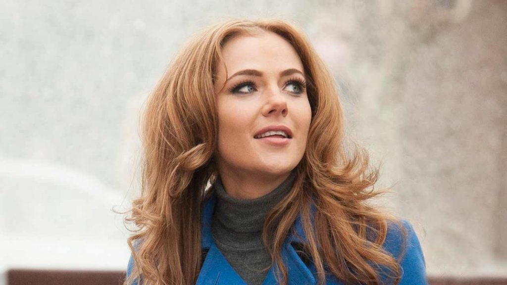 Jessica Marais Net Worth, Movies, TV Shows, Pics And Biography 8