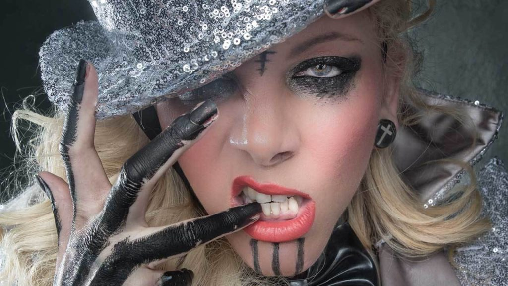 Maria Brink Net Worth, Family, Husband, Career, Pics and Wallpapers 3