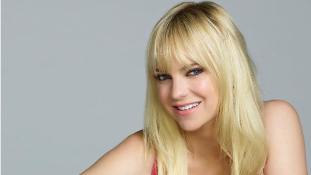 Anna Faris Pics, Net Worth, Career, TV Shows And Movies 9