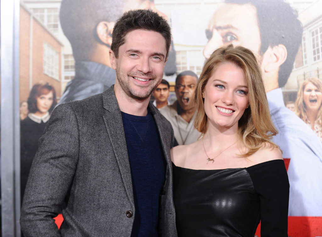 Ashley Hinshaw Pics, Net Worth, Movies, Private Life And TV Shows 4