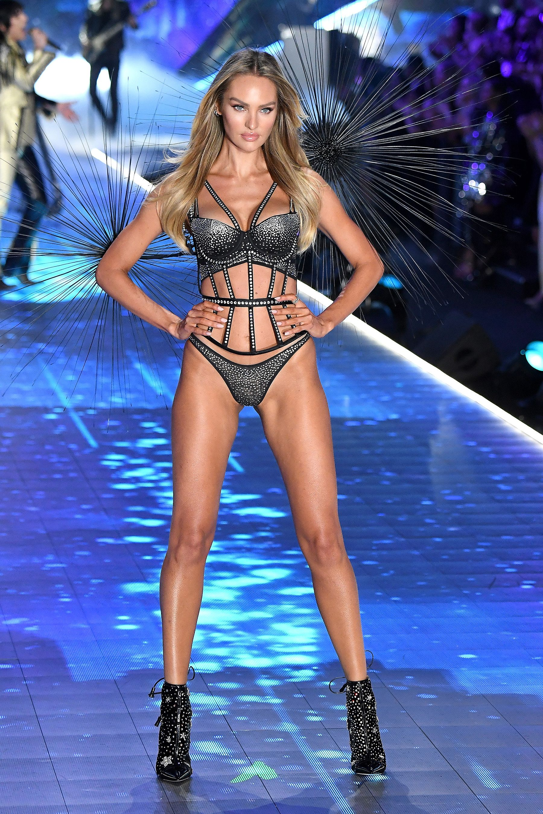 Candice Swanepoel Net Worth, Family, Husband And Biography 12