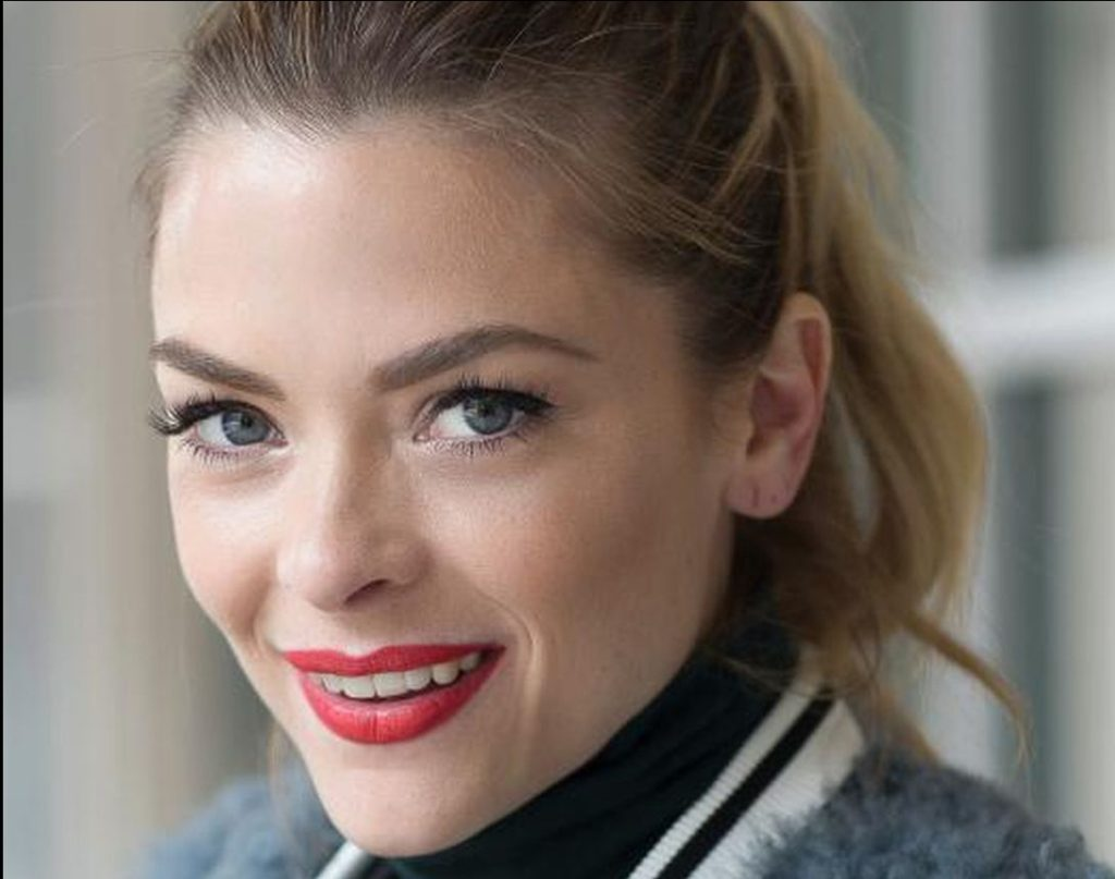 Jaime King Pics, Net Worth, Private Life, TV Series And Movies 10
