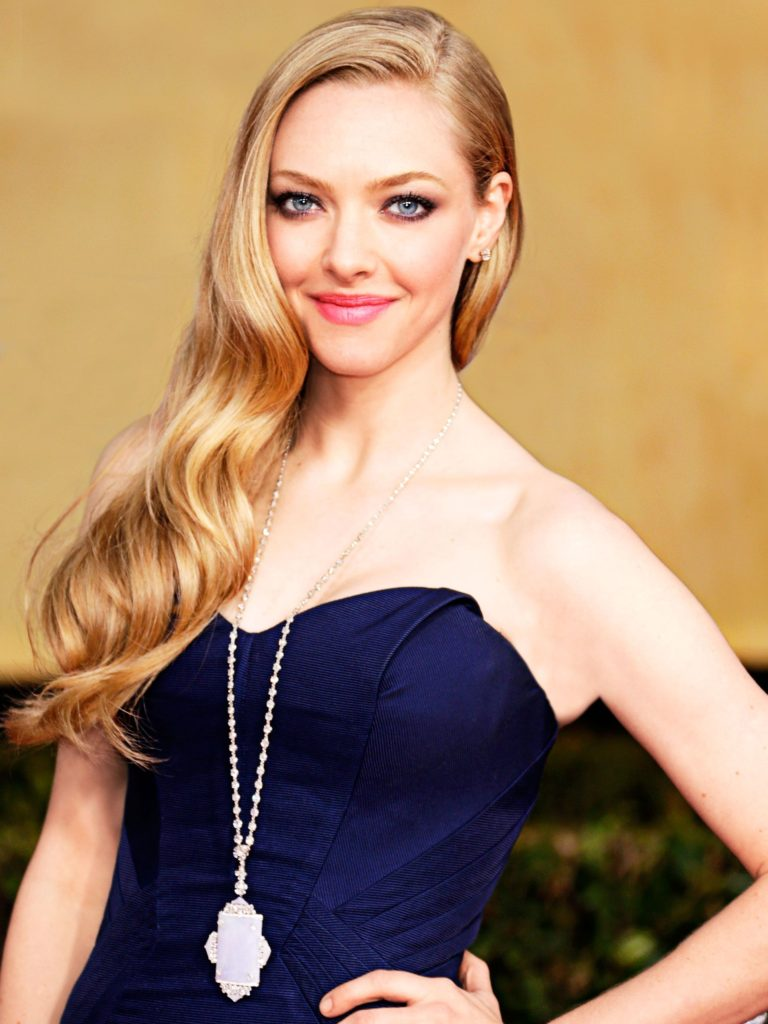 Amanda Seyfried Pics, Net Worth, Movies, TV Shows And Private Life 11