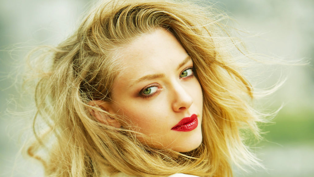Amanda Seyfried Pics, Net Worth, Movies, TV Shows And Private Life 3