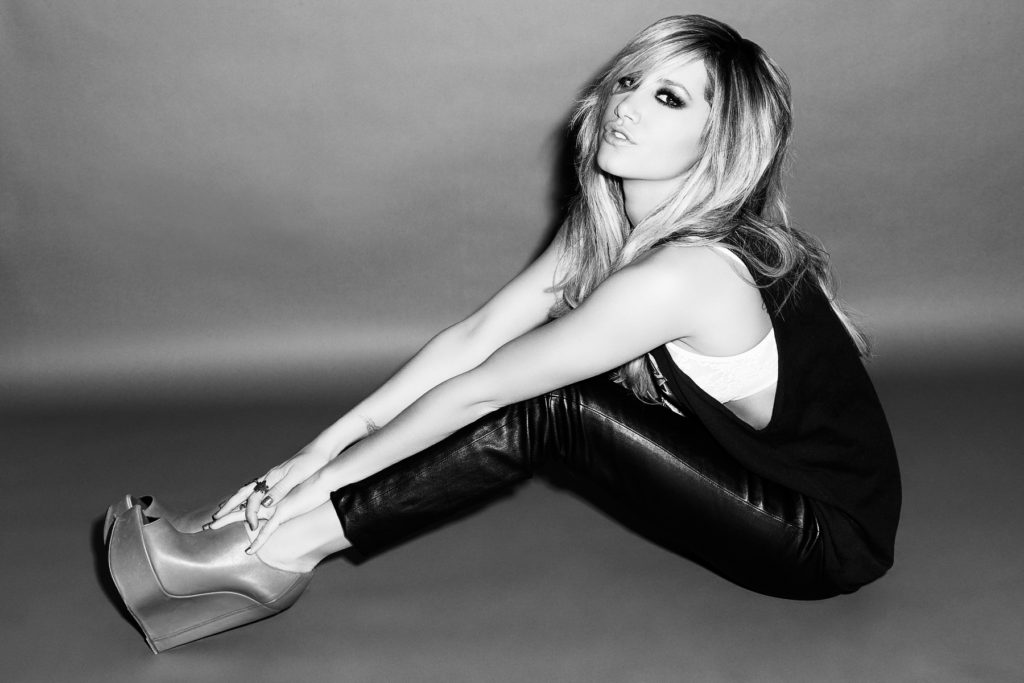 Ashley Tisdale Net Worth, Pics, Career, Family And Biography 15