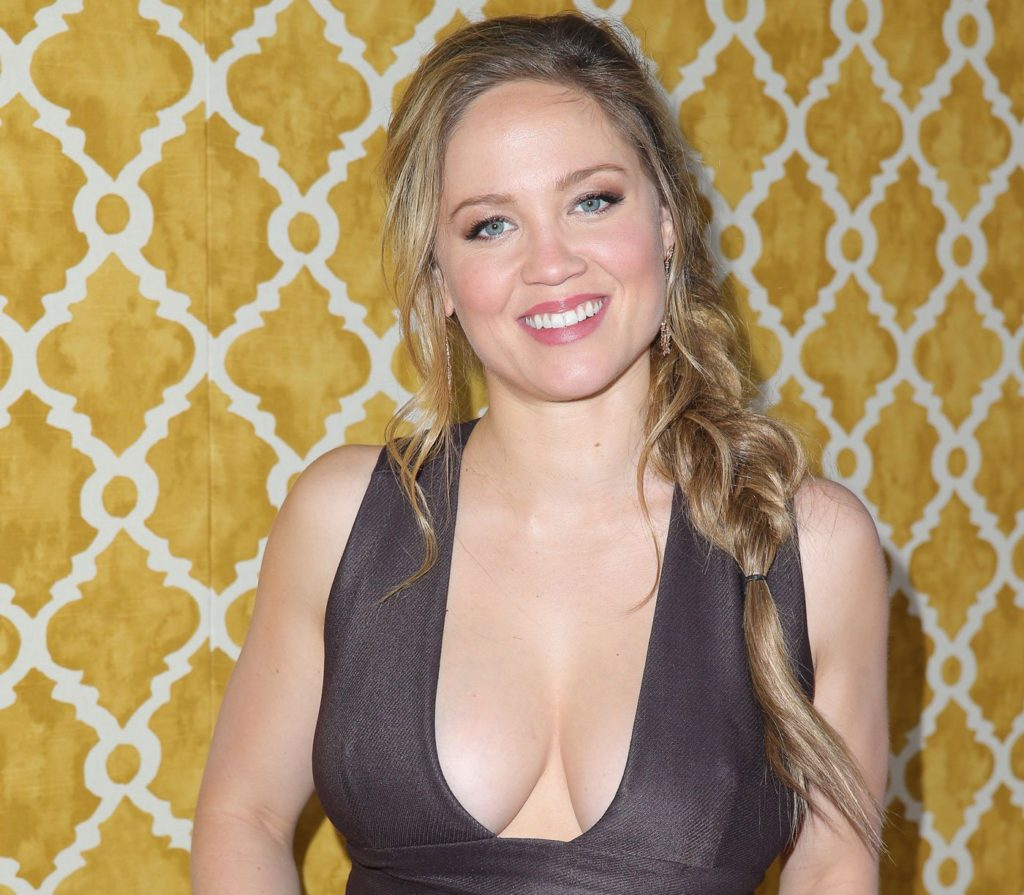 Erika Christensen Pics, Net Worth, TV Shows, Movies, Family And Biography 4