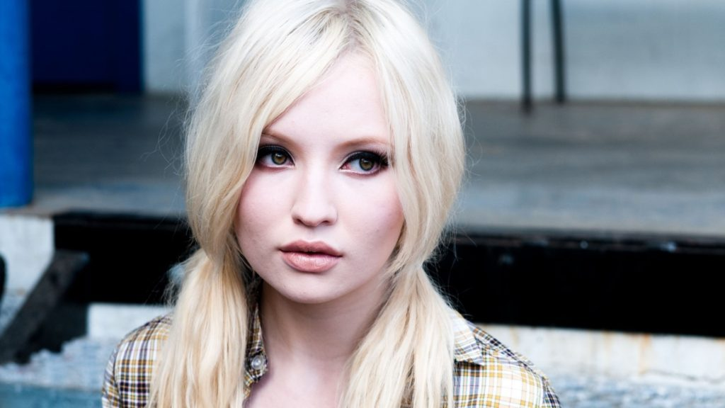 Emily Browning Net Worth, Pics, TV Shows, Movies And Biography 13