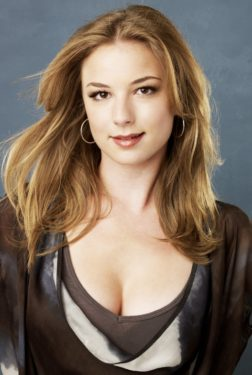 Emily VanCamp Net Worth, Pics, Private Life, TV Shows And Movies
