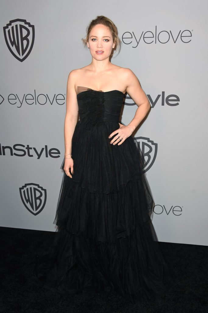 Erika Christensen Pics, Net Worth, TV Shows, Movies, Family And Biography 5