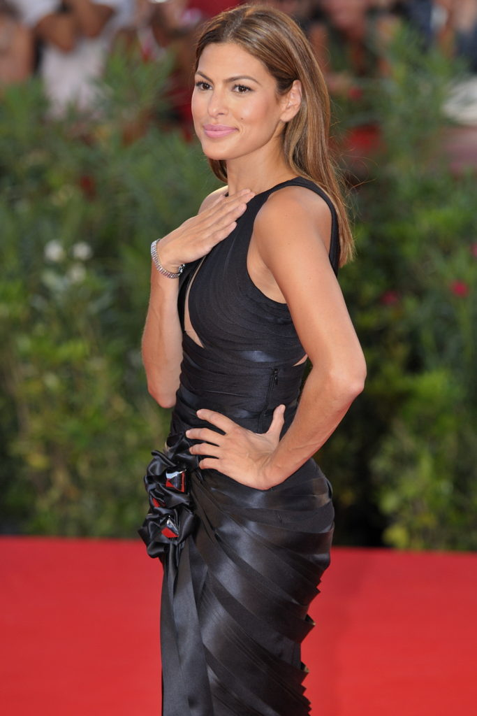 Eva Mendes Pics, Net Worth, Movies, TV Shows And Biography 14