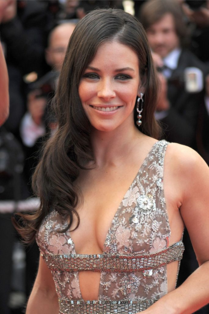 Evangeline Lilly Pics, Net Worth, Movie And TV Roles, Private Life 3