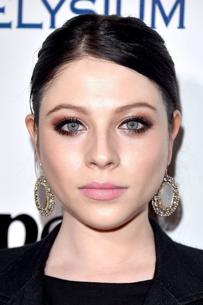 Michelle Trachtenberg Net Worth, Pics, TV Shows, Movies And Biography 12