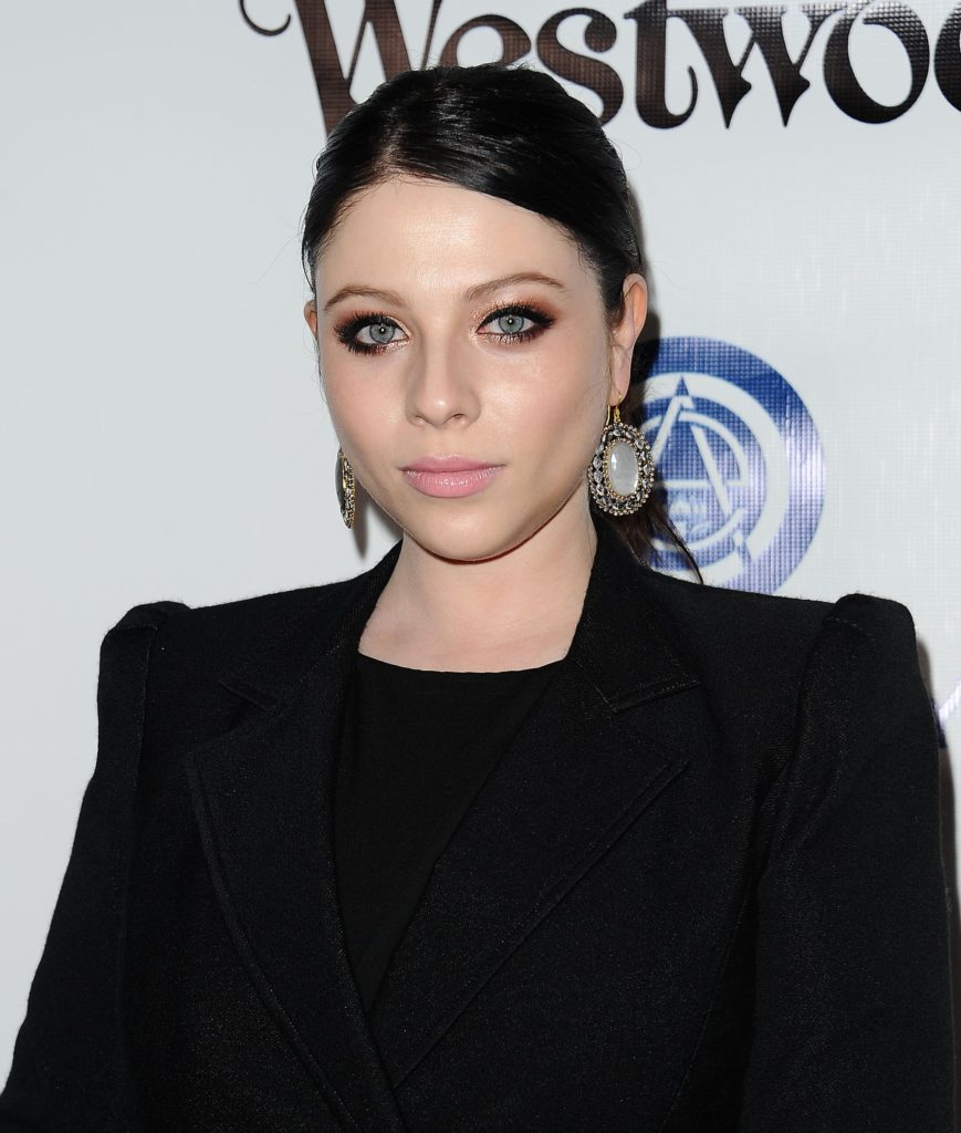 Michelle Trachtenberg Net Worth, Pics, TV Shows, Movies And Biography 7