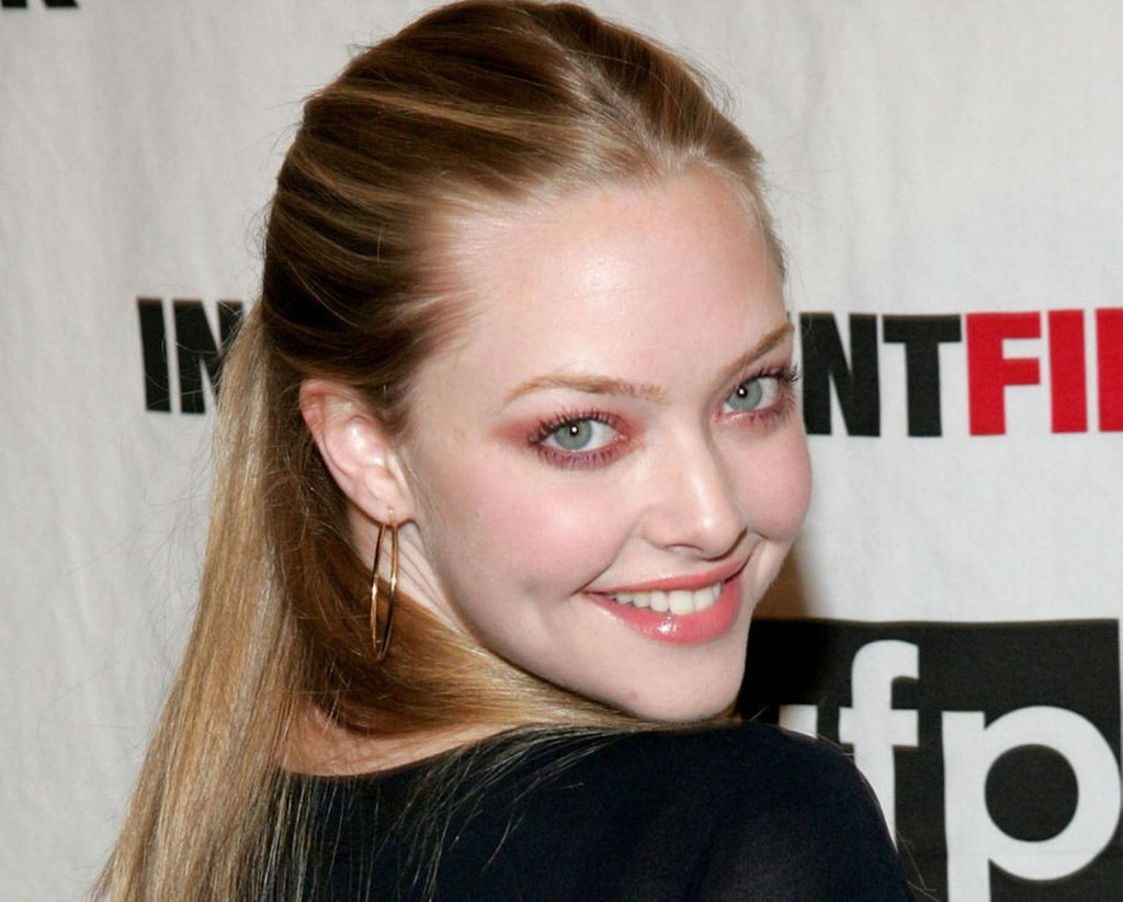 Amanda Seyfried Pics, Net Worth, Movies, TV Shows And Private Life 2