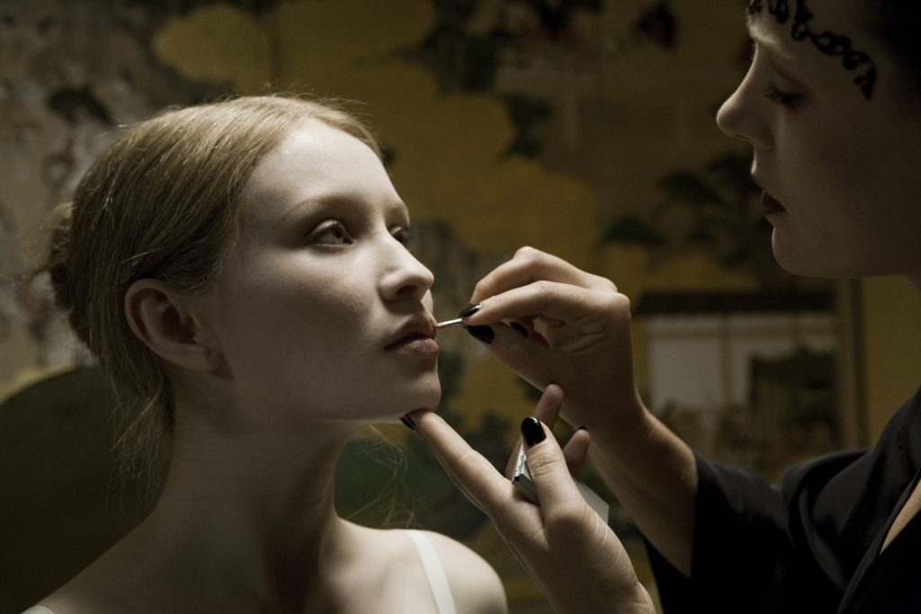 Emily Browning Net Worth, Pics, TV Shows, Movies And Biography 8