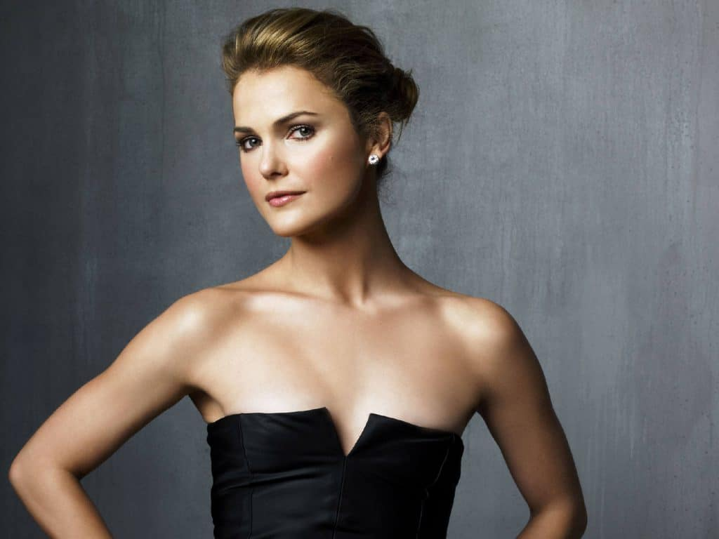 Keri Russell Pics, Net Worth, Family, TV Shows And Movies 10