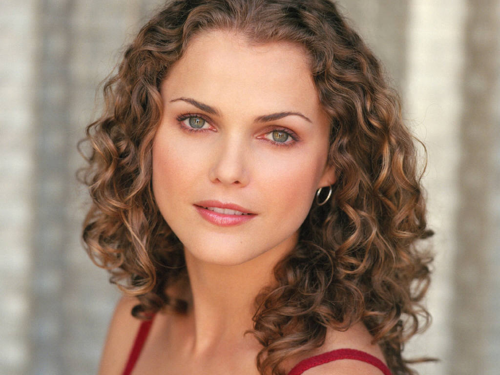 Keri Russell Pics, Net Worth, Family, TV Shows And Movies 13