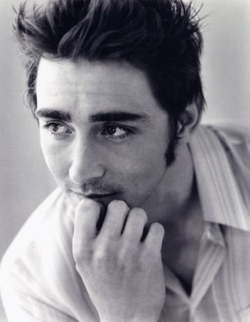 Who-has-Lee-Pace-Dated